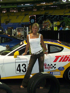Shelby Bell Likes Cars!