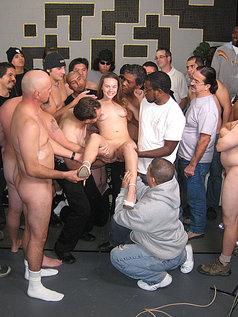 Melissa Julianna Swallows Some Sperm!