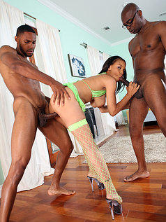 Lacy Green - 2 on 1 with Big Ebony Cocks