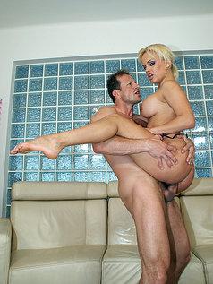 Brittney Makes Him Cum with Anal