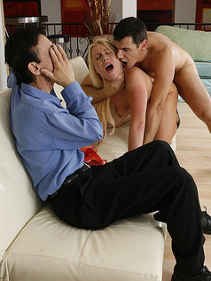 Jamie Applegate's Man Watches Her Being a Pornstar!