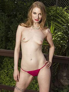 Ela Darling - Breathtaking Redhead Bares All!