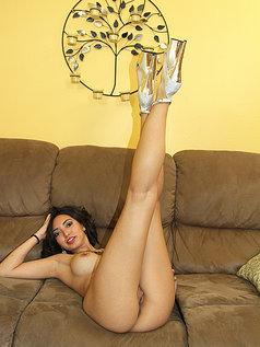 Frida Sante is a Sexy Latina Temptress