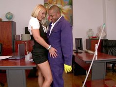 Blondes Blow Best 1 - Scene 4