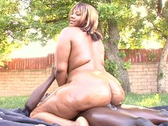 Big Um Fat Black Freaks 15 - Scene 2