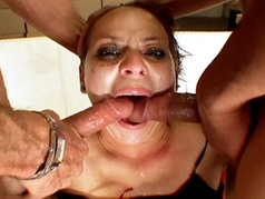 Malorie Marx's Face Hosts a 2 on 1 Blowjob