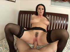 MILF RayVeness is Back for a POV Creampie!