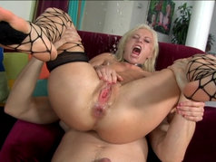 Squirting Threesome with Angela Stone and Jada Fire