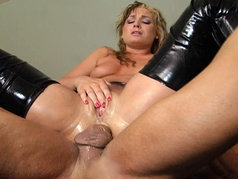 Flower Tucci and Angela Stone - Squirting Anal Threesome