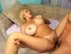 Older Girls Wants To Play Anal 1 - Scene 4