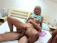Ellen Peterson and Nataly in an Anal Threesome with Cum Swapping