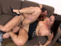 Simone Peach - Tall Brunette Gets Wet for Anal