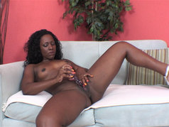 Ms Platinum's Juicy Solo Masturbation