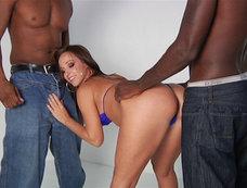 Jada Stevens Between Gang Bangs