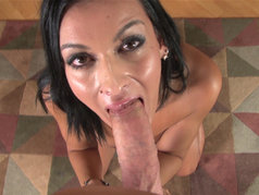 Nadia Capri - Mind Readers Give Great Blowjobs