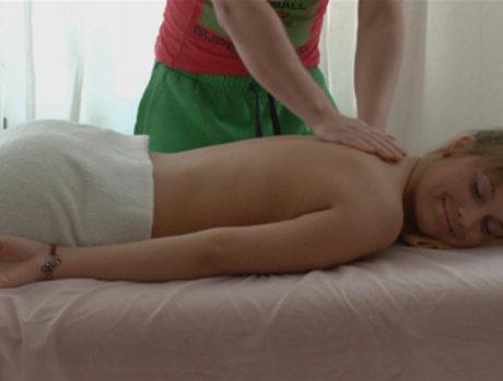 Gianna - She Likes His 'Massage Tool'