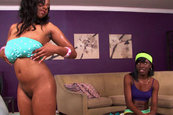 Sonia Roxxx and Bianca - Workouts Work