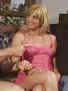 Mimi Deville