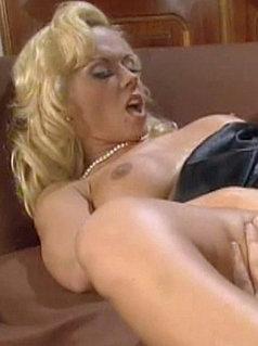 porn mature in pantyhose stockings