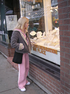 Christine Young Goes Shopping, Peep Show Ensues!