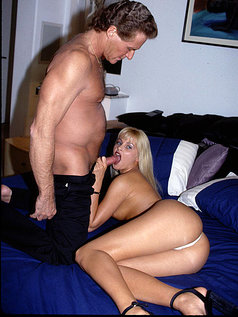 Hardcore Fuck and Suck with Sexy Blonde Nikki Anderson