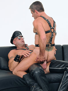 Freddie Resik Helps Dillon Press Unwind After Work