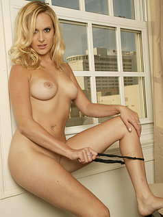 Erin Moore - Beautiful, Bashful, In the Buff
