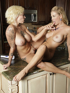 Harlow Harrison and Cherie DeVille - Let's Play!