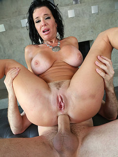 Veronica Avluv is an Anal Fanatic