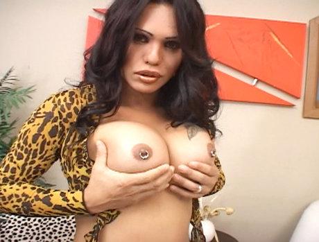 Hot ass Penelope Matahary...
