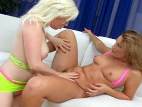 Flower Tucci And Lorelei Lee Squirt All Over Ian Scotts Throbbing Cock!