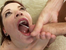 Dana Dearmond Gets Both Her Holes Stretched Before Swallowing Some Splooge!
