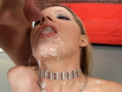 Anita Blue Decides To Put On A Little Show Before Getting Her Face Covered In Nut Butter