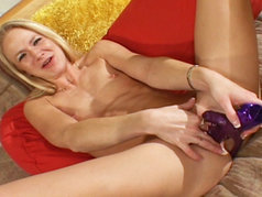 Perky Blonde Aaliyah Jolie In Some Solo Action!