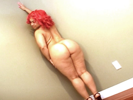 Pinky's Ass Never Stops Bouncing