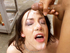 Audrey Elson Works Some Big Black Dick Before Double Face Splattering!