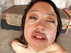 Kya Tropic Gets Her Face Splashed In Ball Butter!