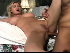 Carolyn Monroe Fucks and Takes the Cumshot on her Huge Natural Tits