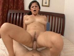 Evie Delatosso - Pretty Face, Brunette with Big Tits, Excellent Fuck!