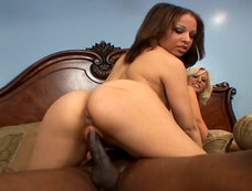 Tia Sweets and Georgia Peach Barge In and Start a Threesome!