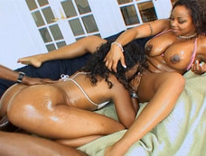 Syndee Capri and Kitten - Cum Swapping Threesome