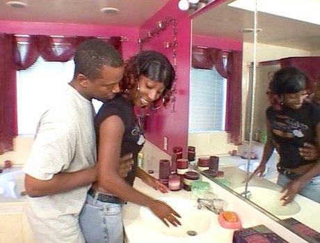 Nasty Black Amateur Blow Jobs 10 - Scene 3