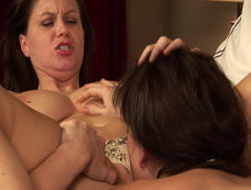 Sara Stone and Mia Presley Licking and Squirming!