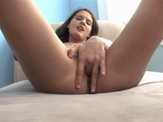 Erin Stone - Intense Must-See Masturbation