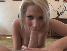 Viktoria Diamond - Blowjob and Foot Fetish Fun
