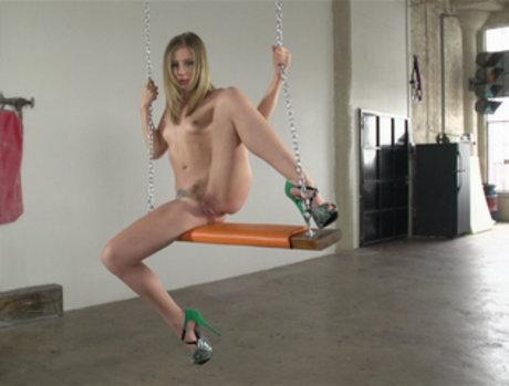 Chastity Lynn Gets Gangbanged