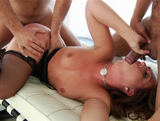 Maddy O'reilly Blindfolded for a 2 on 1