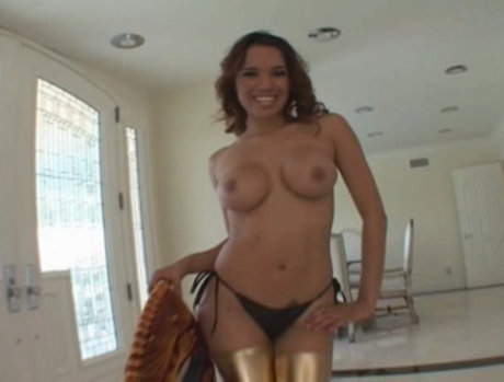Renae Cruz Bumps and Grinds