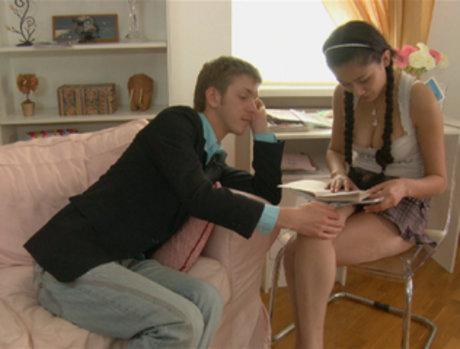 Slevie Studying Seduction