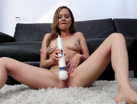Mallory Nichols Cums Herself Raw on a Toy